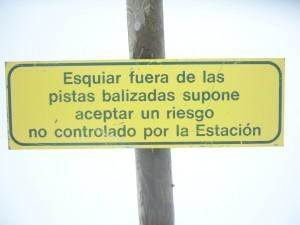 534327-Los-riesgos-del-esqui-en-pista